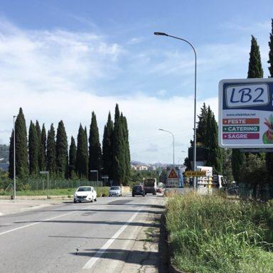 Cartelli pubblicitari Perugia sulla Strada Regionale 220 Pievaiola