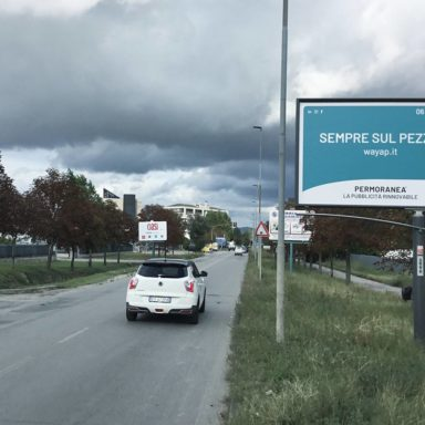 Cartelli pubblicitari Wayap Perugia a via Benucci Ponte San Giovanni