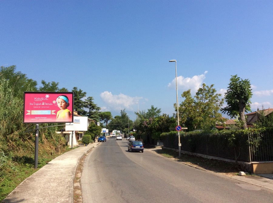 Cartelli pubblicitari via di Fiuggi a Frosinone
