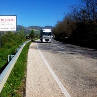 Cartello pubblicitario Monti Lepini Frosinone direzione mare
