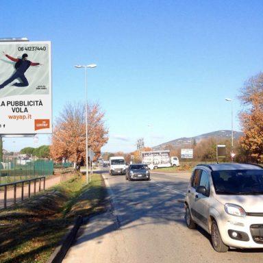 Cartello pubblicitario Via Corcianese a Perugia prima della Rotatoria Spagnoli