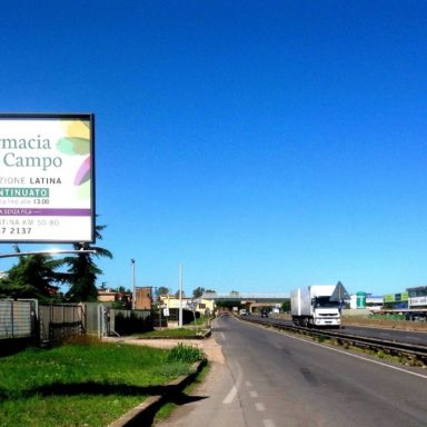 Cartelli pubblicitari Aprilia Latina via Pontina
